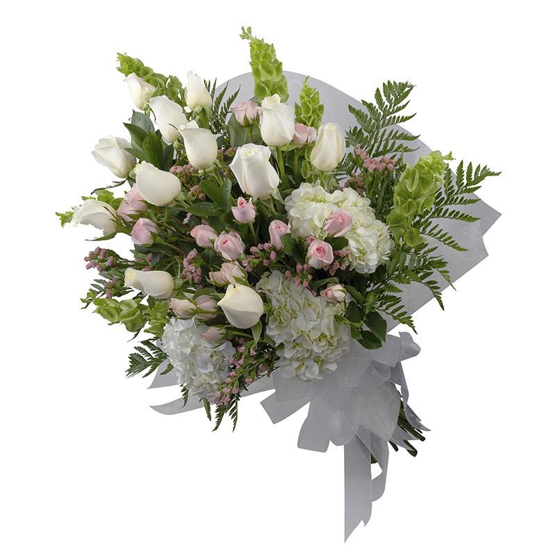 Ramo premium de rosas, mini rosas, hortensias.