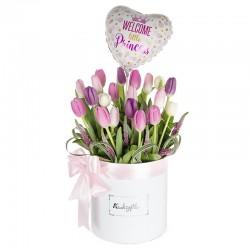 Box de 20 tulipanes pasteles con globo niña.
