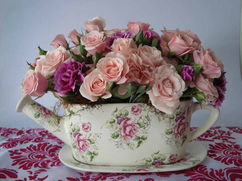 Kukyflor decoraci n vintage con flores for Rosas de decoracion