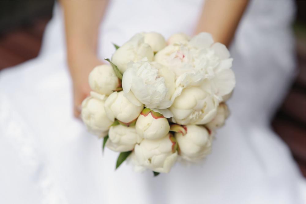 White Wedding Flowers In September : Cultivamos emociones kukyflor ?c?mo elegir un bouquet de